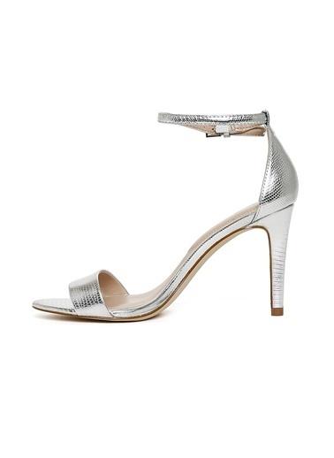 Aldo Bilekten Bağlamalı İnce Topuklu Ayakkabı Gümüş